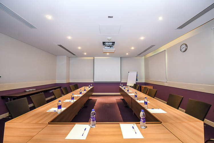 Meeting room at hotel near Expo 2020
