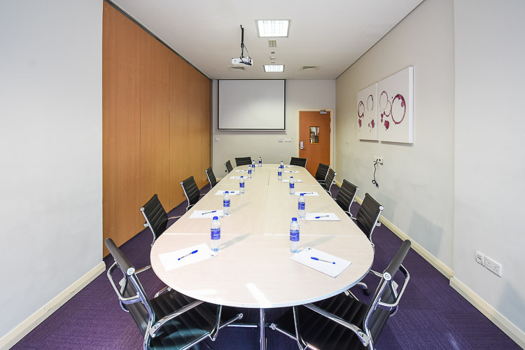 Meeting room for board meetings with business partners in Premier Inn hotel