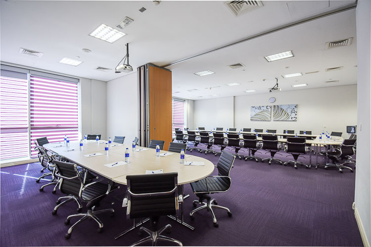 Extened meeting space for large businesses at hotel in Abu Dhabi Capital Centre