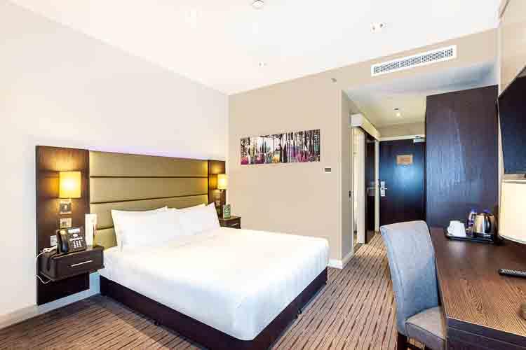 Guest bedroom in budget hotel in Dubai near Al Jaddaf