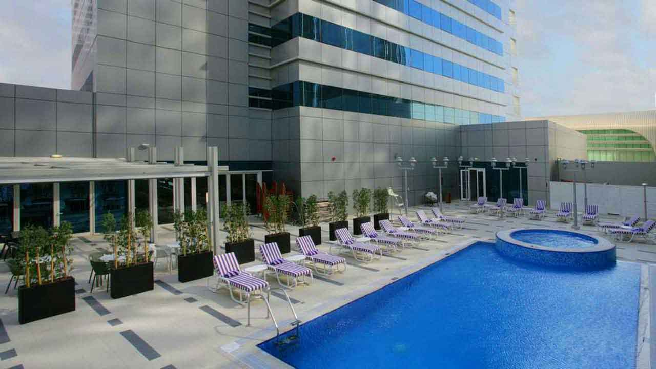 Hotel In Abu Dhabi Capital Centre Premier Inn Hotels