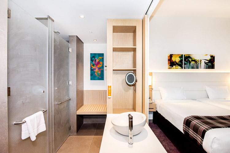 Affordable hotel in Dubai double bedroom in Premier Inn Dragon Mart hotel