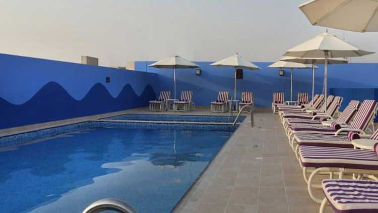 image of a rooftop pool in dubai investments park hotel