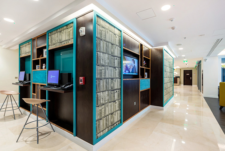 Business centre hotel computers lobby near Doha Airport