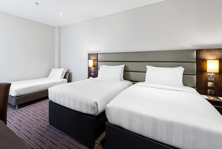 Family bedroom hotel near Doha Airport