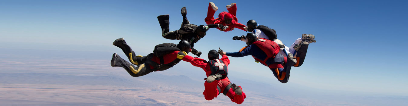 image of group of people skydiving in dubai