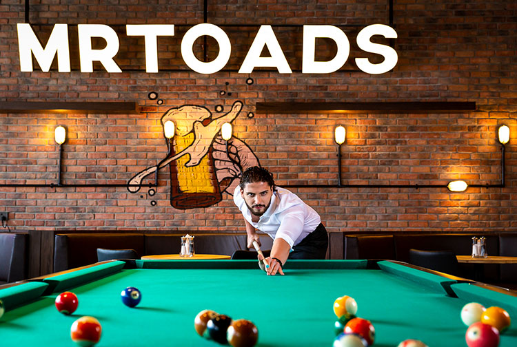 Mr Toads Bar at Dragon Mart with Pool Billiards Table