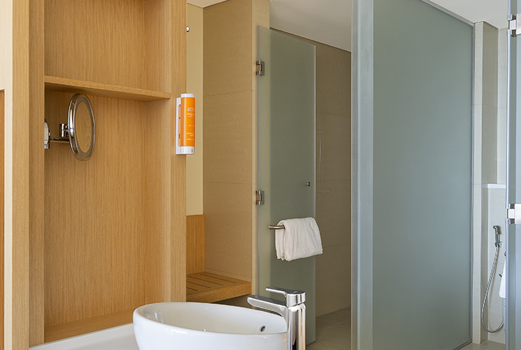 Shower and bathroom in new extension at Premier Inn hotel near Expo 2020